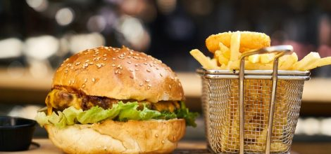 Cheeseburger and Fries Combo