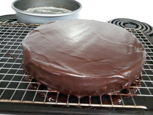 Red Wine Chocolate Cake Recipe